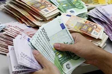 صعود قیمت دلار به ۱۲ هزار و ۳۵۰ تومان