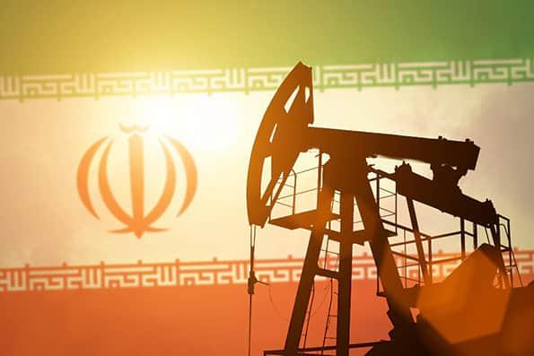 رویترز: 2 شرکت نفتی هند، آبان ماه از ایران نفت میخرند