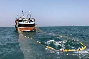 سهمیه بنزین قایقهای صیادی ۴۰۰ لیتر در ماه تعیین شد