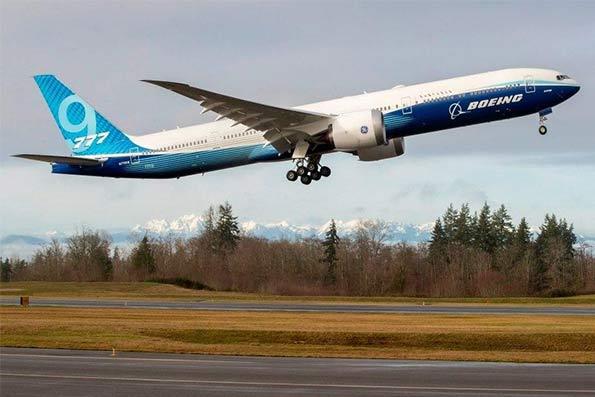 پرواز موفق بزرگترین هواپیمای دوموتوره جهان
