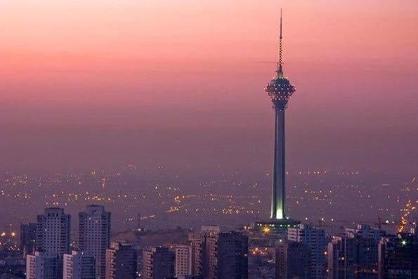 اقتصاد ایران دوباره کوچکتر می شود